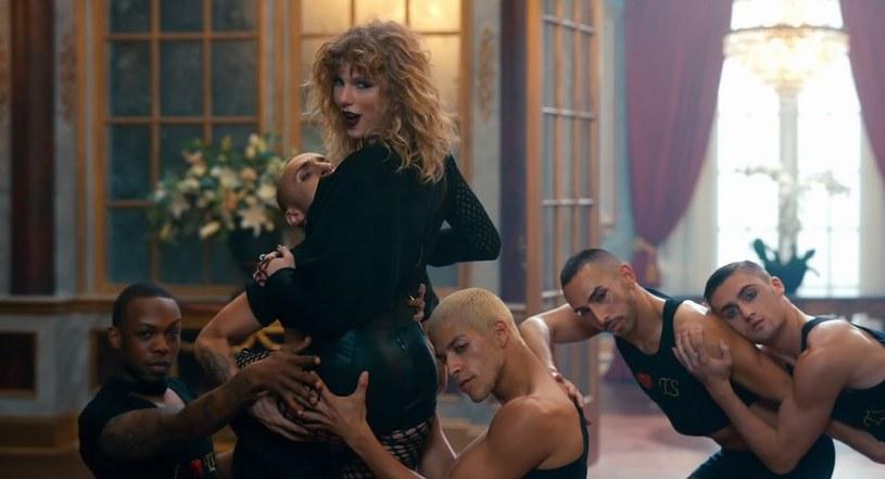"""Organizacja Global Citizen opublikowała parodię utworu i teledysku """"Look What You Made Me Do"""" Taylor Swift. Jest to część kampanii charytatywnej."""