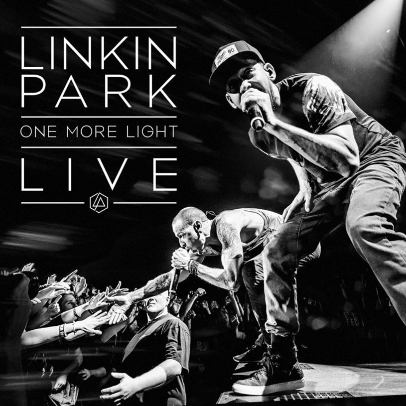 """15 grudnia ukaże się koncertowa płyta """"One More Light Live"""" grupy Linkin Park, która w ten sposób planuje oddać hołd zmarłemu samobójczą śmiercią wokaliście Chesterowi Benningtonowi."""