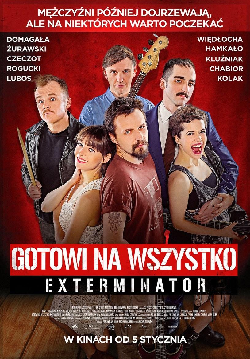 """Komedia Michała Rogalskiego """"Gotowi na wszystko. Exterminator"""" trafi na ekrany kin 5 stycznia 2018. Wcześniej produkcja znana była pod tytułem """"Exterminator. Faceci pragną mocniej""""."""