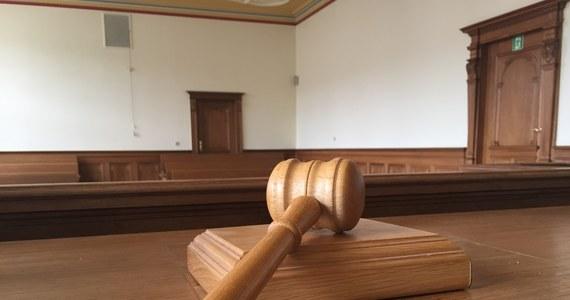 Krajowa Rada Sądownictwa zgodziła się na podjęcie obowiązków przez 252 asesorów sądowych. Pod koniec października KRS wyraziła sprzeciw wobec powołania 265 asesorów, tłumacząc decyzję m.in. brakiem zaświadczeń lekarskich i psychologicznych.