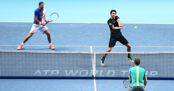 Łukasz Kubot i Brazylijczyk Marcelo Melo pokonali Amerykanina Ryana Harrisona i Nowozelandczyka Michaela Venusa 6:1, 6:4 w półfinale tenisowego turnieju ATP Finals w Londynie. Polak po raz pierwszy zagra w finale kończącej sezon imprezy masters.