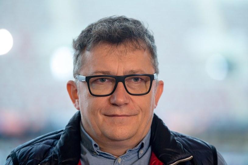 """Konrad Smuga, jeden z reżyserów programu """"Rolnik szuka żony"""", zdradza kulisy show i dementuje plotki."""