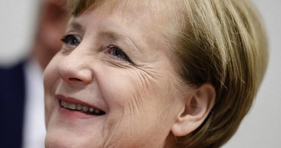"""Kryzys polityczny w Niemczech to bardzo zła wiadomość dla Europy - ogłasza w tytule komentarza redakcyjnego """"Le Monde"""". W identycznym tonie utrzymane są komentarze w większości francuskich mediów. Według jednej z ekspertek, bez kanclerz Angeli Merkel Europa zniknie ze światowych radarów."""