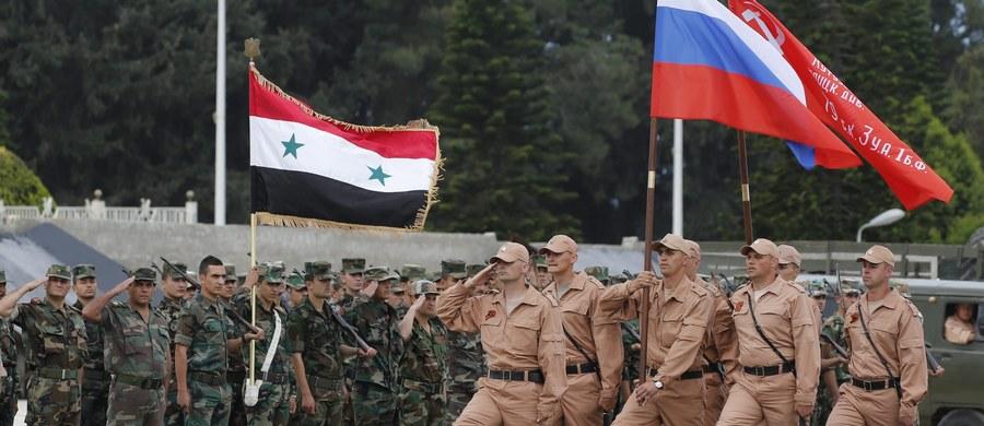 Rosja chce w grudniu zakończyć operację militarną w Syrii i pozostawić tam swój kontyngent i sprzęt wojskowy potrzeby do funkcjonowania baz - podał portal RBK, powołując się na źródła zbliżone do administracji prezydenta Władimira Putina oraz MSZ.