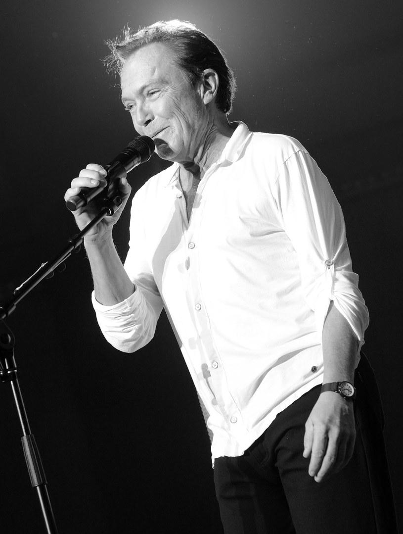 Kilka dni po wprowadzeniu w farmakologiczną śpiączkę zmarł popularny głównie w latach 70. amerykański wokalista i aktor David Cassidy.