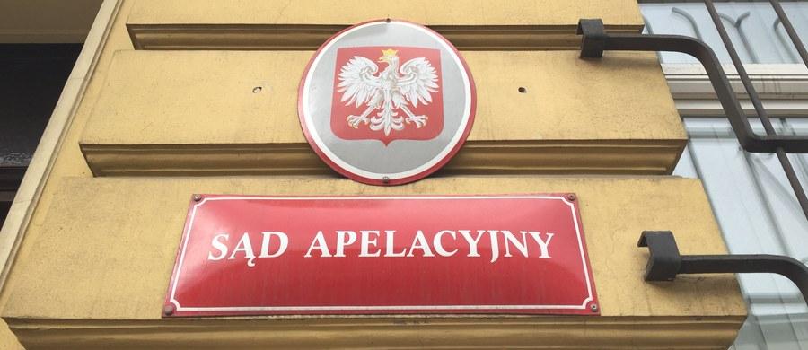 Wrocławski Sąd Apelacyjny utrzymał w środę w mocy wyrok dożywotniego więzienia dla Piotra G. skazanego za podpalenie w salonie gier w Zgorzelcu dwóch osób. Mężczyźni zmarli w wyniku odniesionych obrażeń. Wyrok jest prawomocny.
