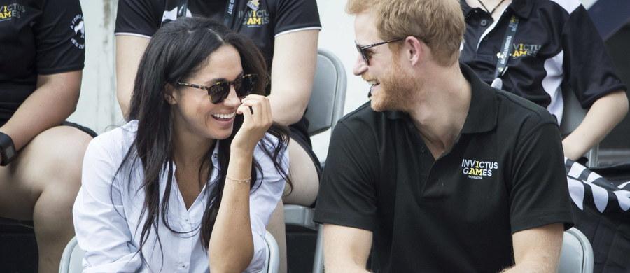 Arcybiskup Canterbury wyda zgodę na ślub brytyjskiego księcia Harry'ego z amerykańską aktorką Meghan Markle – donoszą brytyjskie media, powołując się na źródła wewnątrz Kościoła Anglikańskiego. Taka zgoda będzie konieczna, jeśli para chciałby zawrzeć małżeństwo w Opactwie Westminsterskim, ważnym ośrodku religijnego kultu.