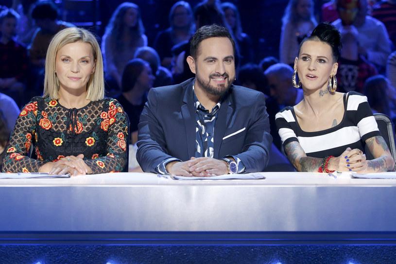 """W sobotę, 25 listopada, zobaczymy ostatni półfinałowy odcinek dziesiątej edycji """"Mam talent"""". Tym razem widzów czekają trzy występy muzyczne. Kto zaprezentuje się na scenie?"""