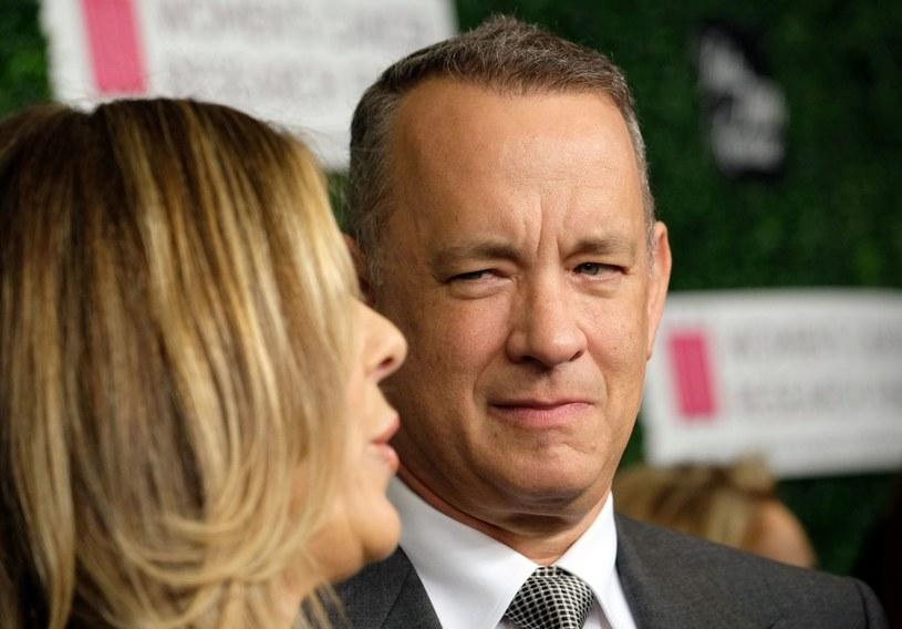 """- Tom Hanks już w czwartek zasiądzie za kierownicą swego Fiata 126p. Aktor otrzyma auto i kluczyki podczas spotkania zorganizowanego prawdopodobnie w jednym ze studiów filmowych - powiedziała pomysłodawczyni akcji """"Bielsko-Biała dla Toma Hanksa"""" Monika Jaskólska."""