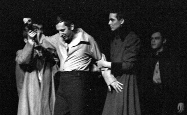 """50 lat temu, 25 listopada 1967 r. w Teatrze Narodowym w Warszawie odbyła się premiera """"Dziadów"""" w reż. Kazimierza Dejmka. Przedstawienie stało się impulsem studenckich protestów i początkiem Marca '68."""