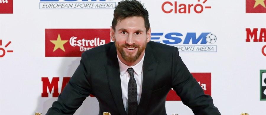 Lionel Messi przedłużył kontrakt z Barceloną do końca sezonu 2020/21 roku - poinformował hiszpański klub. 30-letni argentyński piłkarz jego barw broni od początku seniorskiej kariery. W nowej umowie znalazła się klauzula odstępnego wynosząca 700 mln euro.