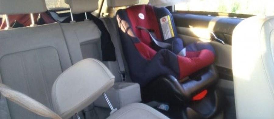 Matka w obwodzie leningradzki w Rosji zostawiła swoje 3-miesięczne dziecko w samochodzie bez opieki. Auto zostało skradzione, ale złodzieja zmartwić musiała obecność dziecka, bo po kilku chwilach postanowił oddać pojazd.