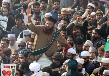 Protesty islamistów w Pakistanie. Rząd wysyła armię, by rozpędzić manifestantów