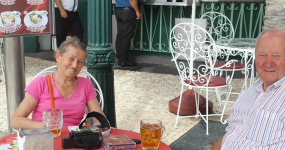 Para żeglarzy z Gdańska zaginęła na Atlantyku. 74-letni Stanisław  Dąbrowny i jego 67-letnia żona Elżbieta na początku listopada wypłynęli niewielkim jachtem z Wysp Kanaryjskich w kierunku wysp karaibskich. Od kilku dni nie ma z nimi kontaktu - alarmuje rodzina.