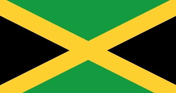 Najpierw zasygnalizuję problem ---> trójkolorową flagą.