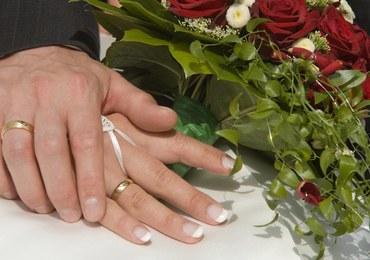 Krwawe wesele. Pan młody pokłócił się z ochroniarzem, dostał nożem poniżej pasa