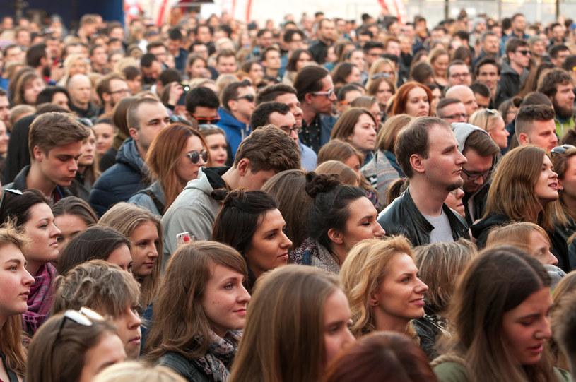Piąta edycja największej imprezy showcase'owej w Polsce odbędzie się od 19 do 21 kwietnia w kilkunastu miejscach koncertowych Poznania. Pierwszym ogłoszonym artystą imprezy jest Kortez.