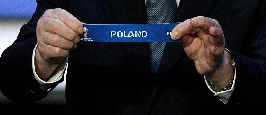 Wszystko jasne. Kolumbia, Senegal i Japonia to rywale naszych piłkarzy na mundialu w Rosji. Grupa bez ani jednego rywala z Europy? Takich mistrzostw Świata jeszcze nie rozgrywaliśmy. W czerwcu zagramy z drużynami, o których wiemy niewiele. Co więcej, nawet dotychczasowe pojedynki z tymi reprezentacjami miały w sobie pierwiastek absurdu.