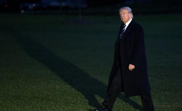 """Misja USA przy ONZ oznajmiła, że Stany Zjednoczone wycofują się z paktu na rzecz migracji, uznając, że tzw. Deklaracja Nowojorska jest niezgodna z polityką USA ws. imigracji i wytycznymi prezydenta Donalda Trumpa w tej kwestii - podaje francuski """"L'Obs""""."""