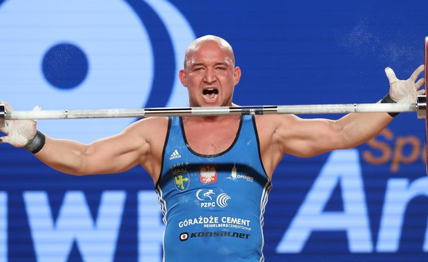 Krzysztof Zwarycz (Budowlani Opole) został w Anaheim wicemistrzem świata w podnoszeniu ciężarów w kategorii 85 kg. Zwyciężył najlepszy w obu bojach Chilijczyk Arley Mendez.