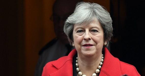 """Partnerstwo Wielkiej Brytanii z Polską """"opiera się na wspólnej historii i więzach przyjaźni, które przetrwają długo po naszym wyjściu z UE"""" - zapewniła w wypowiedzi dla PAP premier Theresa May. Oświadczyła też, że liczy na szybkie postępy w negocjacjach ws. Brexitu."""