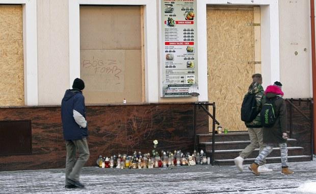 Prokuratura skierowała do Sądu Okręgowego w Suwałkach akt oskarżenia wobec Tunezyjczyka, oskarżonego o zabójstwo w Ełku w noc sylwestrową 21-letniego mężczyzny. Do tragedii doszło w pobliżu prowadzonego przez cudzoziemców baru z kebabem.