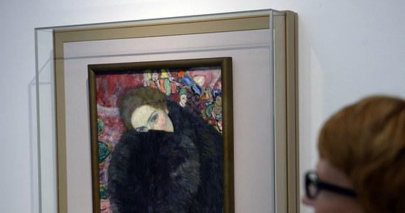 Urzędnicy czeskiego ministerstwa kultury nie uznali obrazu Gustawa Klimta za zabytek i pozwolili na jego wywóz za granicę - mimo sprzeciwu Galerii Narodowej. Dzieło austriackiego przedstawiciela secesji może być warte 20 mln euro.