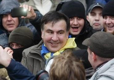 Szturm policji na zwolenników Saakaszwilego. Polityk nawołuje do impeachmentu Poroszenki