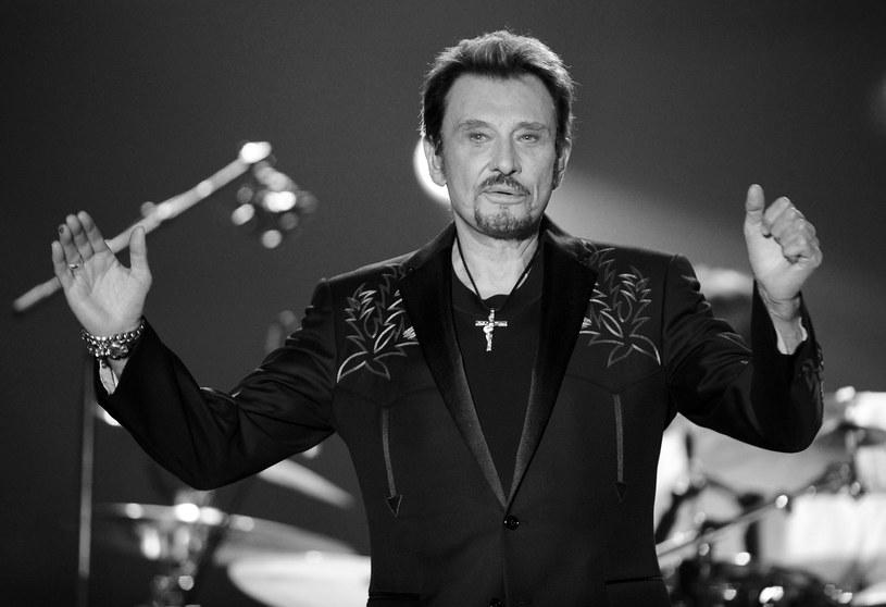"""Johnny Hallyday, piosenkarz, kompozytor i aktor nazywany """"francuskim Elvisem Presleyem"""", zmarł w swoim domu 6 grudnia w wieku 74 lat."""