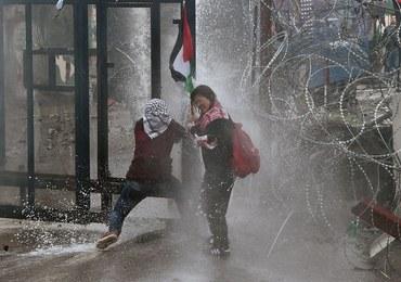 Protesty przeciwko decyzji Trumpa ws. Jerozolimy. Policja użyła gazu łzawiącego