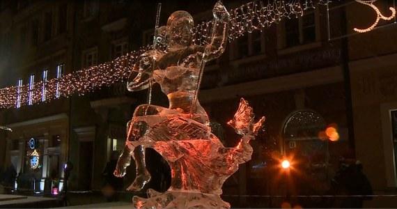 W Poznaniu na rynku głównym odbył się 12. Międzynarodowy Festiwal Rzeźby Lodowej. W tym roku w konkursie wzięło udział 16 zawodników z 10 różnych krajów. Według organizatorów jest to największa tego typu impreza w Europie.