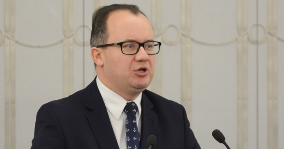 Ustawa o KRS burzy dorobek historii, bo obecny kształt Rady był wynikiem prac Okrągłego Stołu w 1989 r. - powiedział Rzecznik Prac Obywatelskich Adam Bodnar w senackiej debacie na temat KRS. RPO jest przeciwny wyborowi członków KRS-sędziów przez Sejm i skróceniu ich kadencji.