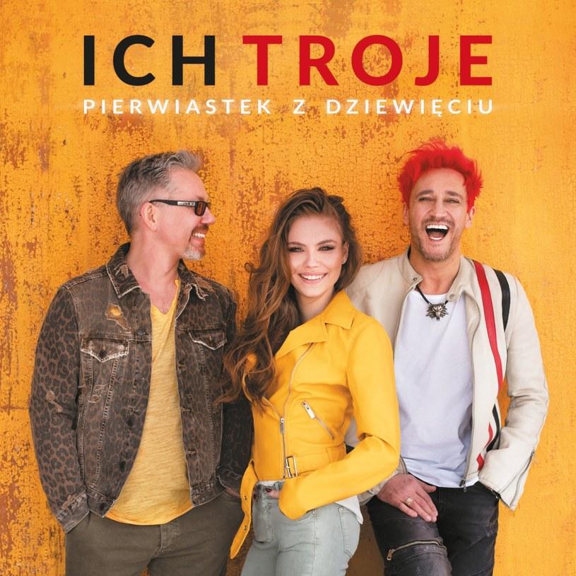"""Czasy, w których Ich Troje rozdawali karty w polskim show-biznesie, minęły bezpowrotnie. Album """"Pierwiastek z dziewięciu"""" doskonale pokazuje dlaczego."""