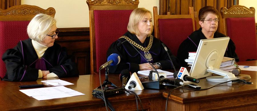 Na trzy i pół roku więzienia skazał Sąd Okręgowy w Katowicach Halinę G., oskarżoną o udział w międzynarodowej grupie przestępczej handlującej kobietami. Trafiały one do włoskich klubów nocnych, gdzie były zmuszane do świadczenia usług seksualnych.