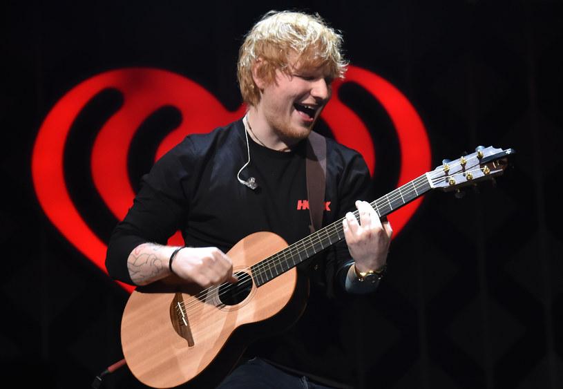 """Poniżej możecie zobaczyć teledysk do """"symfonicznej"""" wersji utworu """"Perfect"""", do której Ed Sheeran zaprosił włoskiego tenora Andreę Bocelliego."""