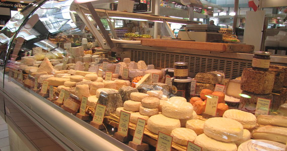 Senat zaproponował poprawki do ustawy ograniczającej handel w niedziele. Doprecyzowują one m.in. kwestie handlu w niedziele w kwiaciarniach, piekarniach, cukierniach.