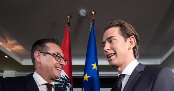 """Sojusz Austriackiej Partii Ludowej (OeVP) i prawicowo-populistycznej Austriackiej Partii Wolności (FPOe) w swym programie rządowym zdecydowanie opowiedział się za pozostaniem Austrii w UE. """"Żadnego Auxitu"""" - podkreśla agencja dpa w depeszy na ten temat."""