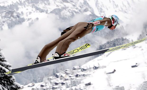 Kamil Stoch zajął drugie miejsce w konkursie Pucharu Świata w skokach narciarskich w Engelbergu. To 47. podium indywidualne w jego karierze, a trzecie w tym sezonie. W inaugurujących sezon 2017/18 zawodach w Wiśle był drugi, a w pierwszym konkursie w Engelbergu trzeci. W dzisiejszym konkursie zwyciężył Niemiec Richard Freitag, a trzeci był Austriak Stefan Kraft.