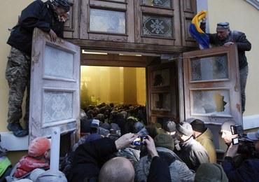 Zwolennicy Saakaszwilego chcieli zająć Pałac Październikowy w Kijowie. Doszło do starć