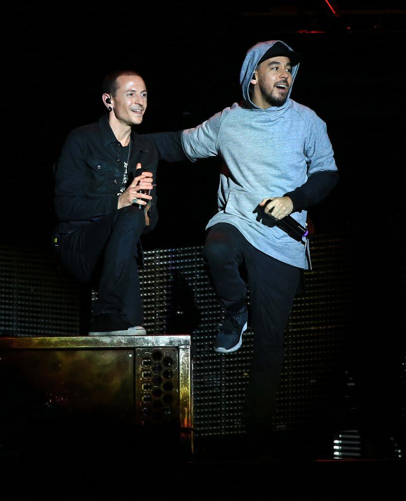 """Niemal pięć miesięcy po samobójczej śmierci Chestera Benningtona ukazał się koncertowy album """"One More Night Live"""" Linkin Park. To nasila domysły fanów o dalszej przyszłości zespołu."""