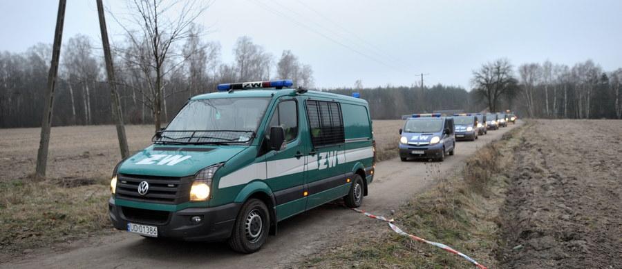 Nie chcę spekulować na temat przyczyn wypadku samolotu MiG-29 - powiedział wiceminister obrony narodowej Bartosz Kownacki. Dodał, że jest to przedmiotem badania niezależnej komisji. Badania muszą potrwać kilka dni - oznajmił.