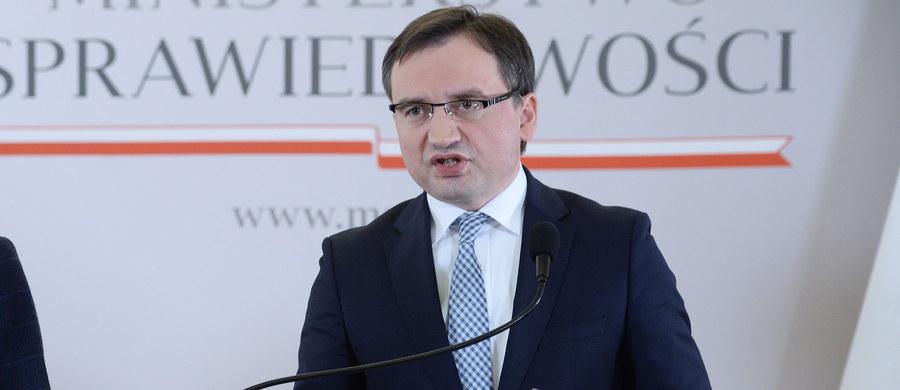 Powołano nowych prezesów 20 sądów, w tym Sądu Apelacyjnego we Wrocławiu oraz pięciu sądów okręgowych. Jak poinformowało Ministerstwo Sprawiedliwości, zmian kadrowych dokonano ze względu na potrzebę poprawy sprawności sądów.