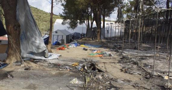 Dziesięć osób zostało rannych w bijatyce, do której doszło w nocy w przepełnionym ośrodku dla migrantów na greckiej wyspie Lesbos na Morzu Egejskim. Spalono kilka namiotów - podały greckie media.