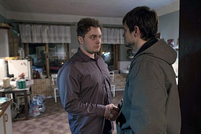 """Debiut Piotra Domalewskiego """"Cicha noc"""", wyprodukowany w działającym przy Stowarzyszeniu Filmowców Polskich Studiu Munka, po czwartym weekendzie w kinach zebrał już 302 461 widzów."""