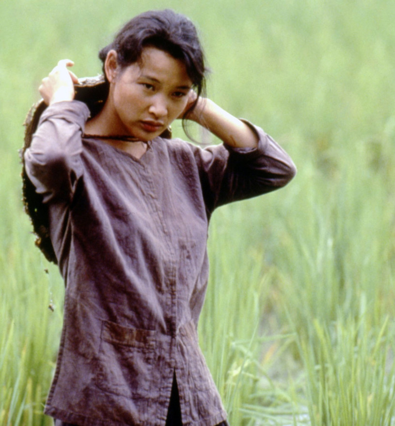 """Hiep The Le, znana z pamiętnej roli w filmie Olivera Stone'a """"Pomiędzy niebem a ziemią"""", zmarła w wieku 46 lat. Aktorka przegrała walkę z rakiem żołądka."""