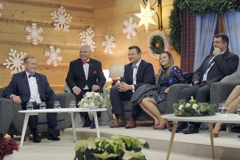 """W Boże Narodzenie - w poniedziałek, 25 grudnia - TVP1 wyemituje specjalny odcinek programu """"Rolnik szuka żony"""". Kogo zobaczymy? Kogo zabraknie? Mamy zwiastun!"""