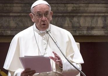 Papież Franciszek: Miliony ludzi są zmuszone uciekać, tak jak Józef i Maryja