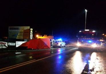 Tragiczny wypadek w Kobyłce. 22-letni kierowca z zarzutami