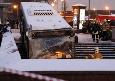 Moskwa: Autobus wjechał w przejście podziemne. Nie żyją 4 osoby