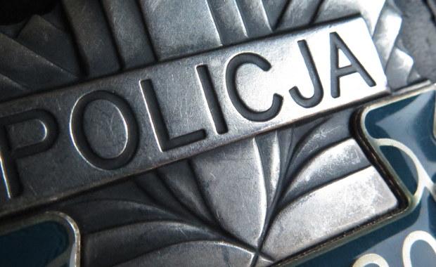 Akt oskarżenia przeciwko 30-letniemu Adrianowi Z., który rok temu w Boże Narodzenie miał zgwałcić i zamordować 90-letnią mieszkankę Domu Weterana w Suwałkach, skierowała do sądu Prokuratura Okręgowa w Suwałkach.